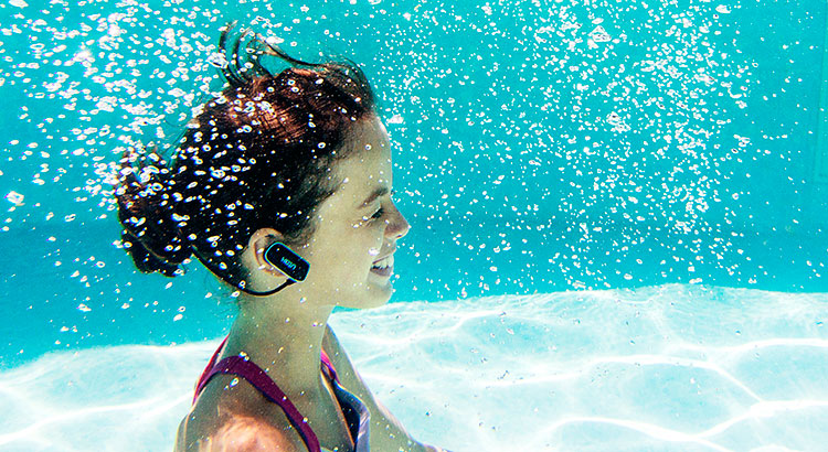 7623ac3b2a9b 9 Best Waterproof MP3 Players in 2019 - Reviews